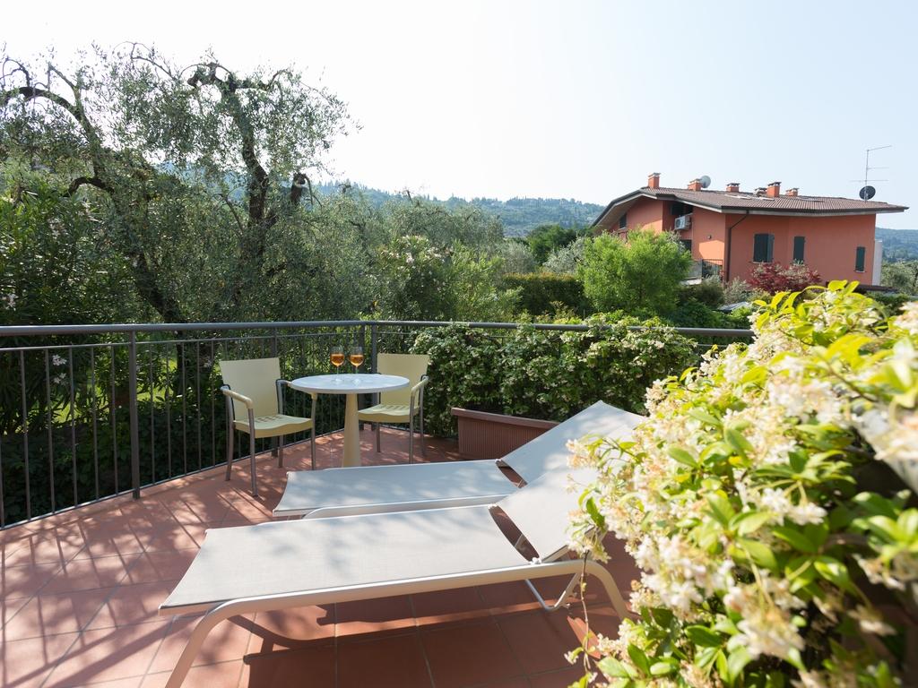 Three Star Hotel Garnì al Caval in Torri del Benaco - Lake Garda ...